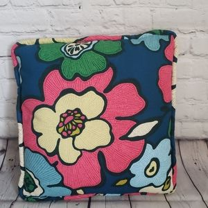 VINTAGE BRIGHT FLORAL PATTERN THROW PILLOW